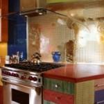Интерьер кухни: все цвета радуги