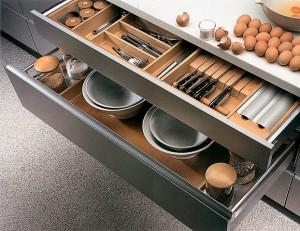 ящики на кухне - как сделать их удобными