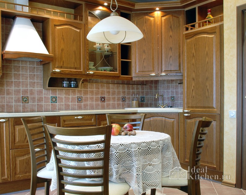 Как выбрать кухонный фартук: советы дизайнера
