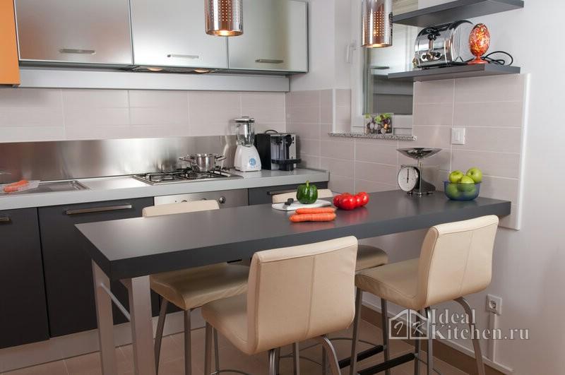 дизайн кухни хайтек в малогабаритной квартире