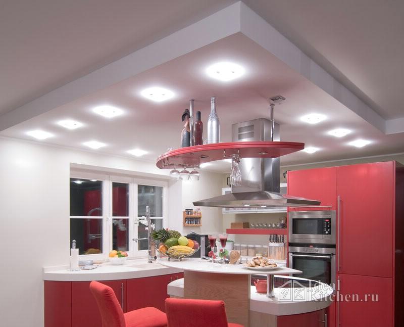подвесной потолок со встроенными светильниками