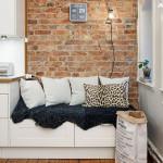 подушки и мех в интерьере кухни