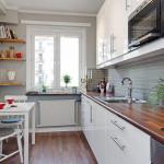 узкая вытянутая кухня со скандинавским дизайном