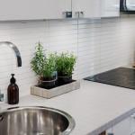 столешница из пластика на кухне в скандинавском стиле
