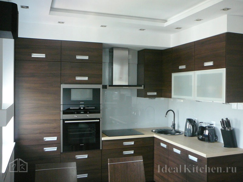 гипсокартонная конструкция на кухне с низким потолком