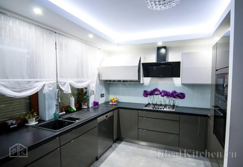 закарнизная подсветка потолка на кухне светодиодной лентой